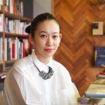 西加奈子(小説家)結婚や経歴、おすすめ小説は?プロレスが大好きで妊娠、出産し一児の母。